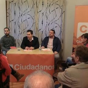 Café Ciudadano celebrado en el Barrio de La Turbera (Torrelavega)
