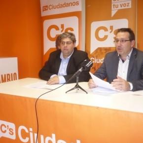 Ciudadanos Camargo denuncia que es ilegal pasar el personal laboral de Protección Civil a Bomberos