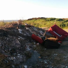 Ciudadanos de Santander reclama que se eliminen los vertederos incontrolados en la Virgen del Mar