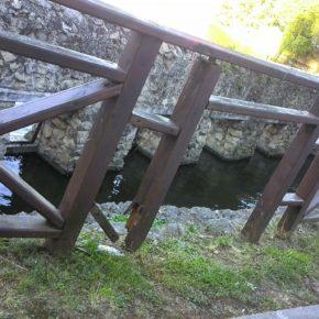 La Agrupación de Ciudadanos Centro Oriental denuncia el estado de deterioro del cercado del estanque de La Cantábrica