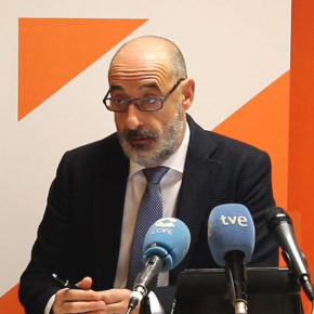 """Félix Álvarez pide al Gobierno """"celeridad"""" para aprobar la Ley Orgánica destinada a erradicar la violencia contra la infancia"""