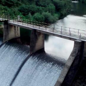Cs Torrelavega propone dragar la presa de Los Corrales de Buelna para asegurar el suministro de agua potable a la comarca del Besaya