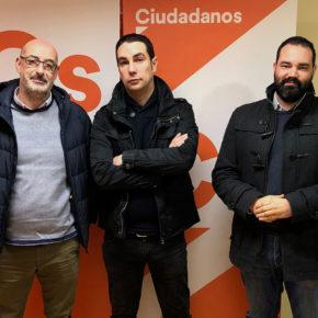 """Cs Cantabria apoya las reivindicaciones de los taxistas en Santander porque """"se ha creado un problema que no existía"""""""