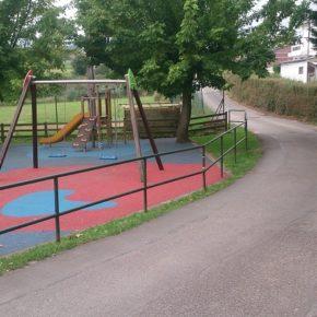 Cs Piélagos insta al Ayuntamiento a instalar badenes reductores de velocidad junto al parque infantil de Zurita
