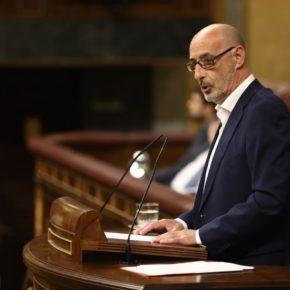"""Félix Álvarez: """"Algo tiene que estar haciendo muy mal el PRC-PSOE cuando toda España va en una dirección y Cantabria toma la contraria"""""""