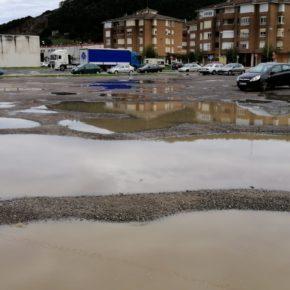 """Cs critica que la """"gestión deficiente"""" de las plazas de aparcamiento provoca que estacionar en Santoña sea """"todo un reto"""""""