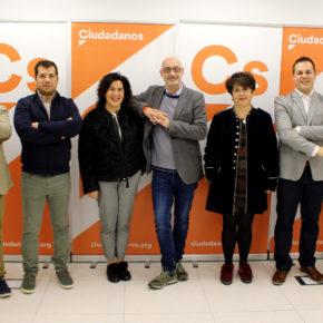 Félix Álvarez da la bienvenida a la nueva agrupación de Cs en Marina de Cudeyo