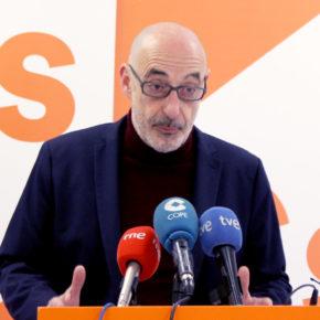 """Félix Álvarez: """"Lo que está pasando con el PROA es el reflejo de la falta de compromiso del PSOE con las familias cántabras"""""""