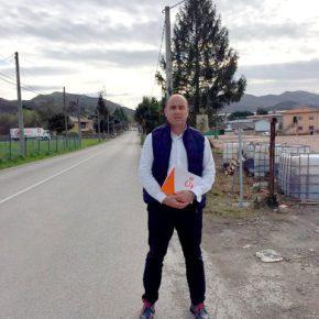 """Ricciardiello: """"Es inexplicable que el proyecto de las aceras de acceso al IES Gutiérrez Aragón y el CEIP Dobra siga sin ejecutarse"""""""