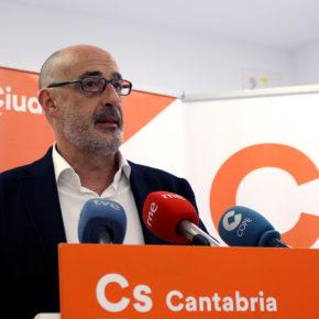"""Álvarez: """"El papelón que está haciendo el PSOE en relación al calendario escolar es impresionante"""""""