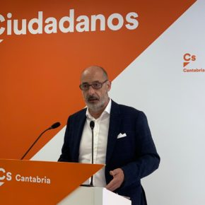 """Álvarez: """"El problema del calendario escolar sigue en punto muerto sin que el PRC deje clara su postura al respecto"""""""
