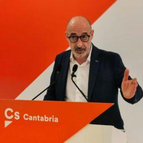 """Álvarez: """"Revilla debería explicar qué es tratar con mano izquierda lo que está ocurriendo en Cataluña"""""""