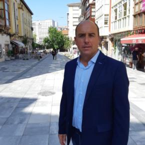 Cs Torrelavega lamenta que la Concejalía de Educación está vacía de contenido y critica la pasividad de su titular