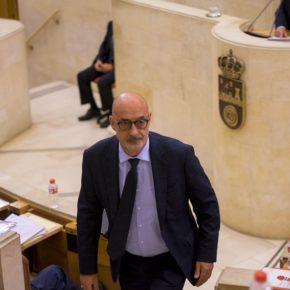 """Álvarez: """"Es una buena noticia para Cantabria y para España que Revilla haya decidido ponerse al lado de los constitucionalistas"""""""