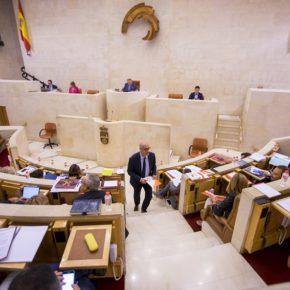 Cs solicita la comparecencia del consejero Francisco Martín en el Parlamento para explicar la suspensión de la ruta de ferri con Irlanda