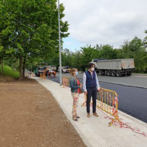 El nuevo aparcamiento situado entre Avenida de Chiclana y Poeta Miguel Hernández avanza a buen ritmo