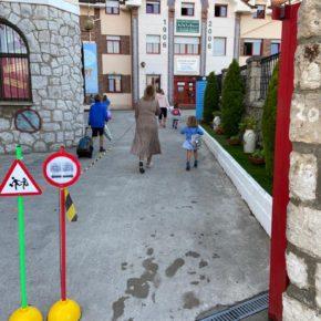 El Ayuntamiento de Astillero se reúne con las AMPAS del municipio para hacer balance del inicio del curso escolar