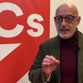 """Álvarez: """"El caso de la vacunación a la gerencia de Ambuibérica es otro triste ejemplo de que en Cantabria vamos como pollo sin cabeza"""""""