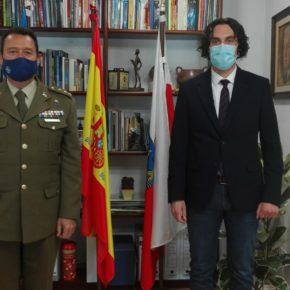 El alcalde de Astillero y el nuevo Delegado de Defensa en Cantabria han mantenido una reunión para tratar temas de común interés