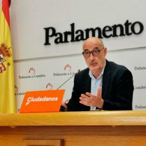 """Álvarez: """"Seguro que hay cosas más inútiles que el ministerio de Consumo y su ministro, pero no se me ocurren"""""""