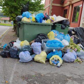 Cs Arnuero reclama al Ayuntamiento que solucione la huelga de basuras, que ya suma 13 días sin recogida
