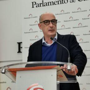 """Álvarez, tras la resolución del TSJC: """"Revilla debería dejar de preocuparse tanto del rey emérito y ocuparse por cesar a un consejero que va de ridículo en ridículo"""""""