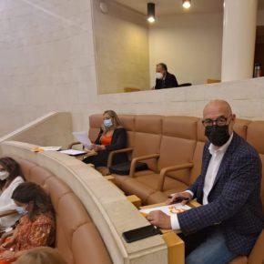 Cs acusa a Revilla de incumplir su compromiso con los empresarios del ocio nocturno tras no haber repartido el millón de euros en ayudas