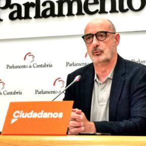 """Álvarez: """"No puede seguir un minuto más al frente de Sanidad; la justicia ha demostrado en reiteradas ocasiones la discrecionalidad de las decisiones de Rodríguez"""